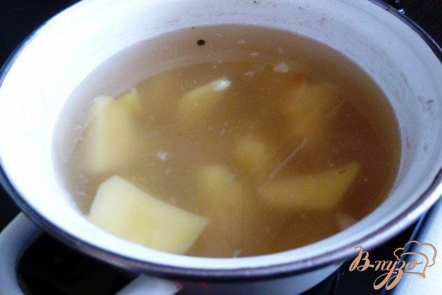 Суп с зеленым горошком и щавелем