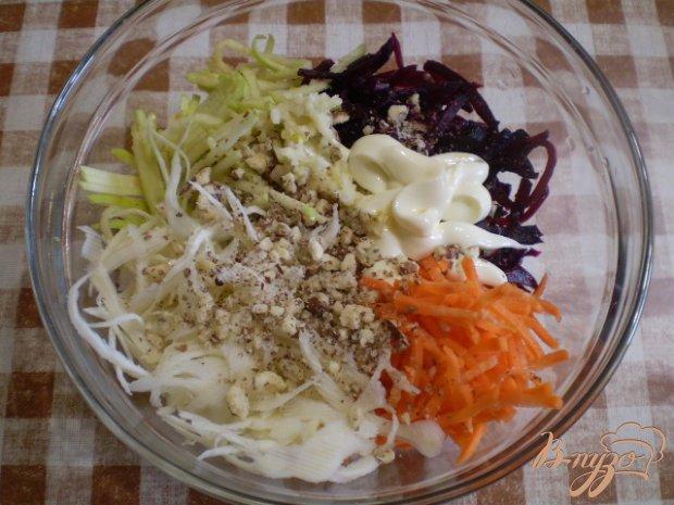Салат капустный со свеклой