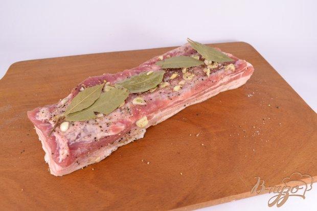 Грудинка свиная с чесноком и перцем в мультиварке