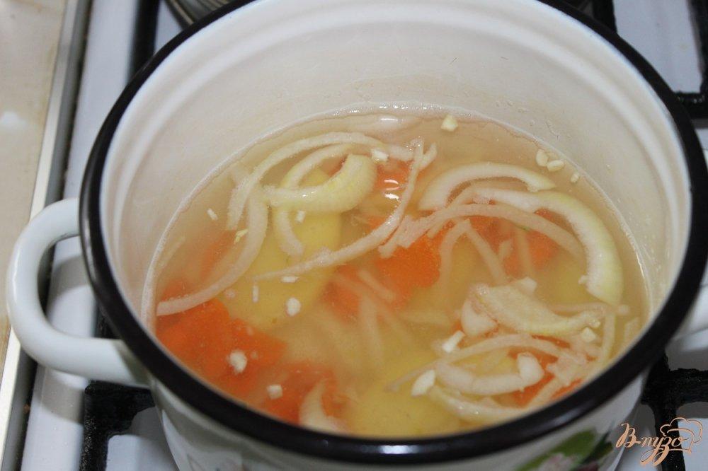 Фото приготовление рецепта: Уха рыбацкая шаг №4