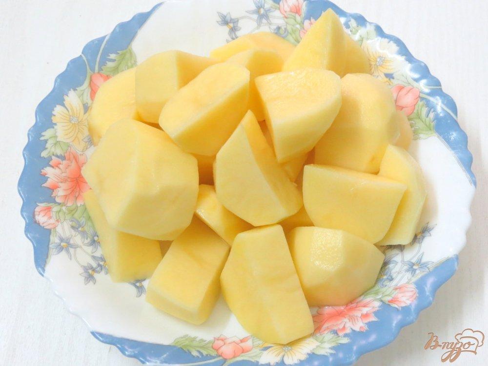 Фото приготовление рецепта: Капусняк из кислой капусты, перца и горошка шаг №2