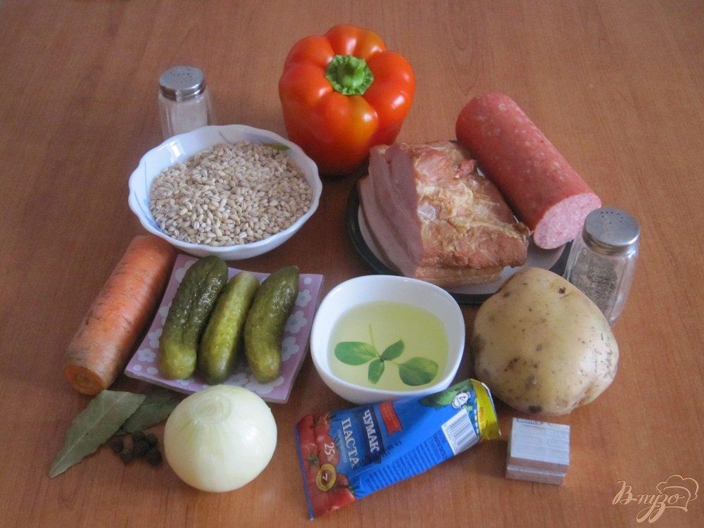 Фото приготовление рецепта: Рассольник с копченостями шаг №1