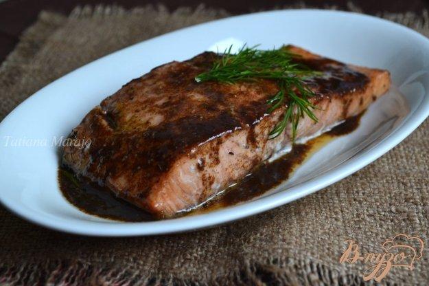 фото рецепта: Филе лосося в винном соусе