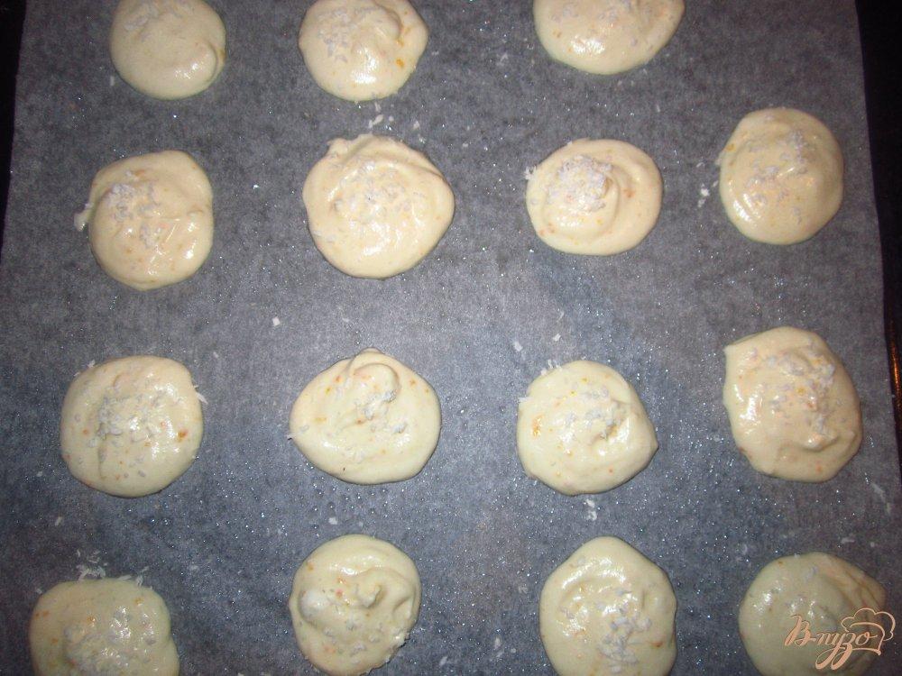 Фото приготовление рецепта: Пенье из белков с цедрой апельсина шаг №4