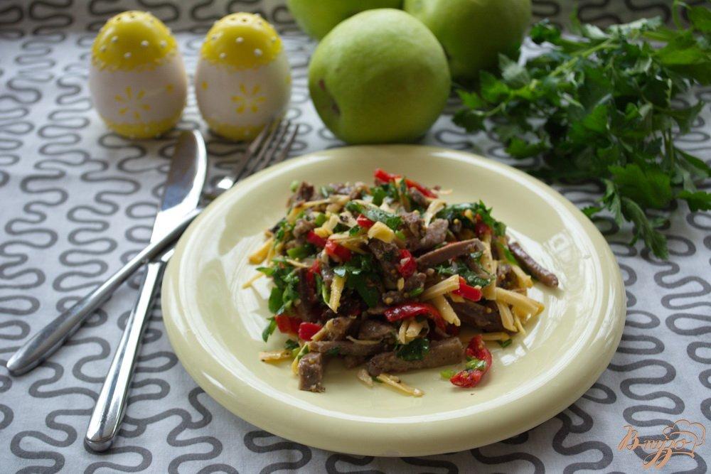 Фото приготовление рецепта: Нежный салат без майонеза шаг №5