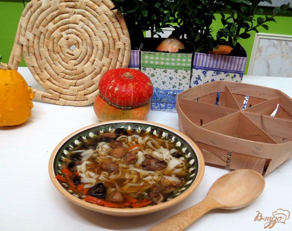 Фото приготовление рецепта: Грибной суп лапша шаг №11