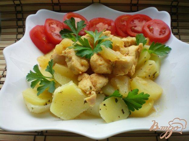 фото рецепта: Курица с ананасами в мультиварке