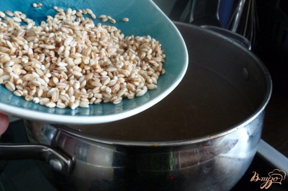 Фото приготовление рецепта: Рассольник с перловкой шаг №1