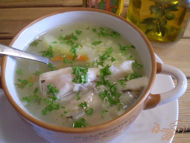Фото приготовление рецепта: Суп рыбный из головы щуки и толстолоба шаг №8