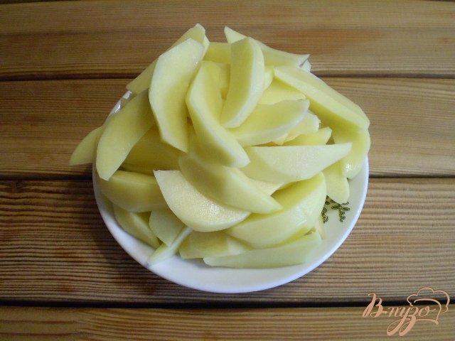 Фото приготовление рецепта: Суп рыбный из головы щуки и толстолоба шаг №5