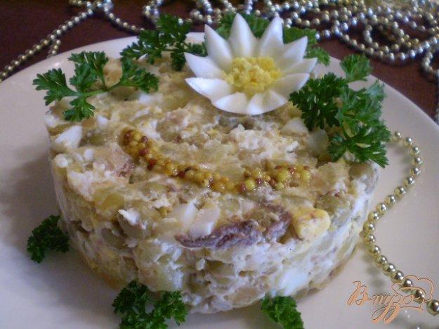фото рецепта: Салат с толстолобиком и горошком