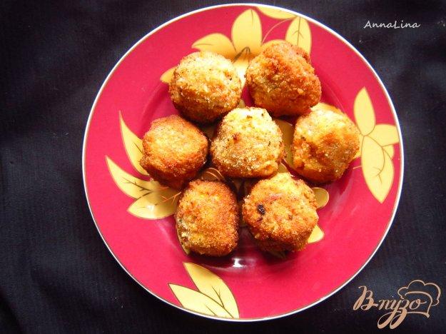фото рецепта: Шарики с фасоли и грецких орехов