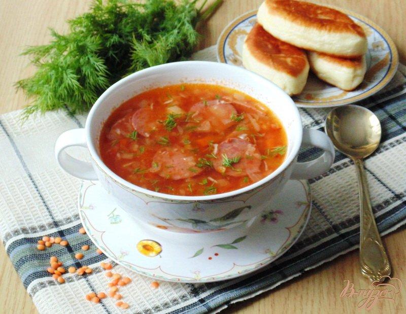 Фото приготовление рецепта: Суп с красной чечевицей и томатом шаг №8