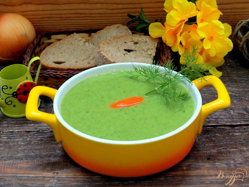 Фото приготовление рецепта: Суп пюре из горошка и шпината шаг №10