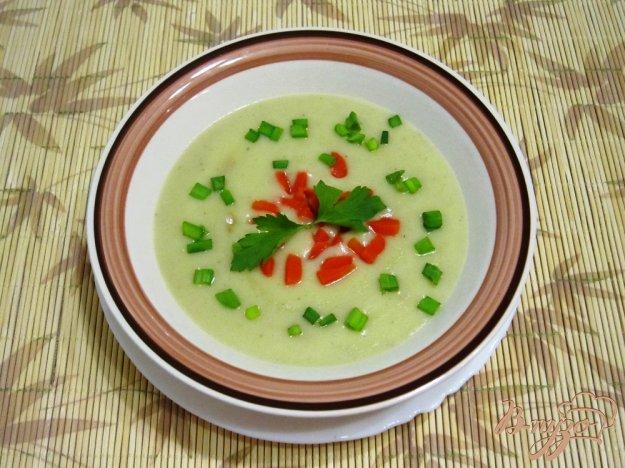 фото рецепта: Суп-пюре с картофелем и сельдереем