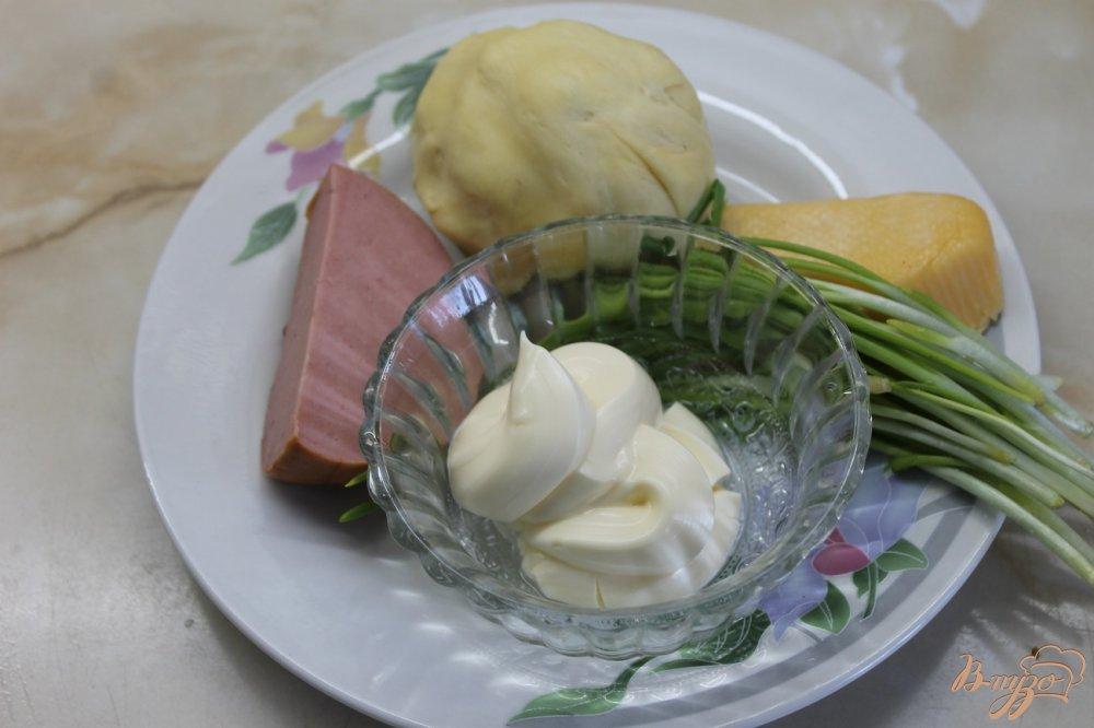 Фото приготовление рецепта: Соленая трубочка с кунжутом шаг №1