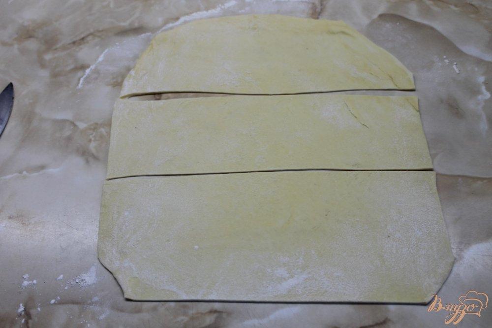 Фото приготовление рецепта: Соленая трубочка с кунжутом шаг №2