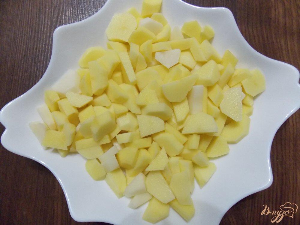 Фото приготовление рецепта: Томатный суп с фрикадельками в мультиварке шаг №5