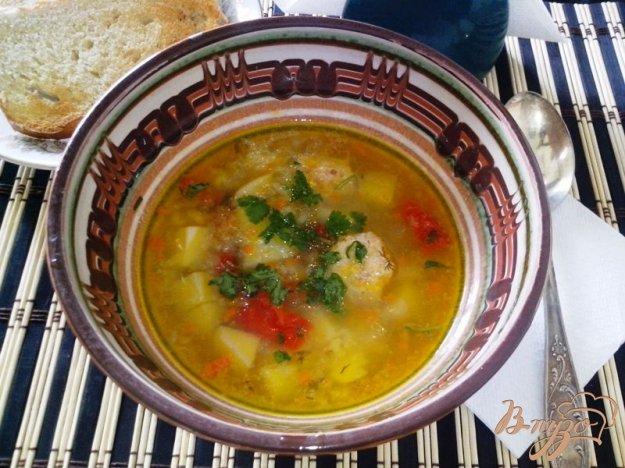 фото рецепта: Суп с индюшиными фрикадельками в мультиварке-скороварке