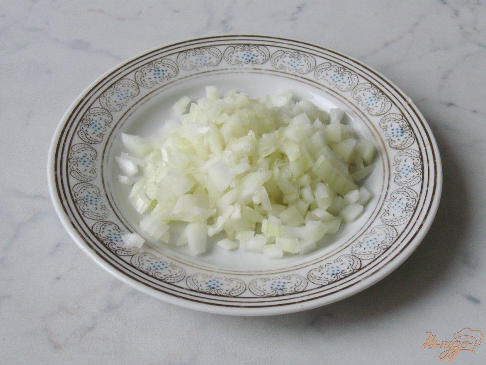 Фото приготовление рецепта: Макароны с курицей, тыквой и укропом шаг №3