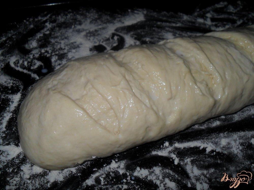 Фото приготовление рецепта: Батон на кефире шаг №6