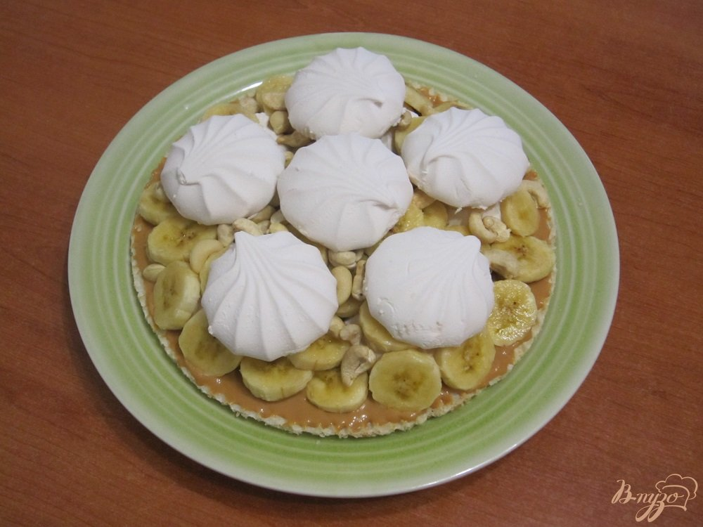 Фото приготовление рецепта: Торт с зефиром и бананами шаг №7