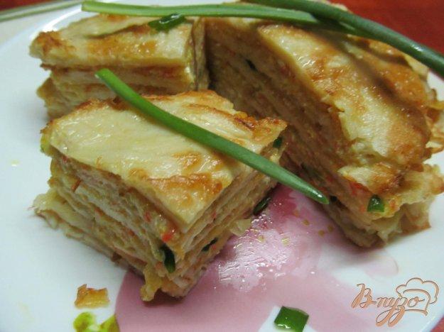 фото рецепта: Овощной мильфей из капусты картофеля и крабовых палочек