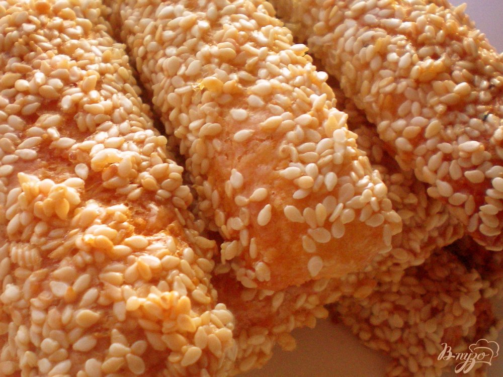 Фото приготовление рецепта: Сырные палочки шаг №5