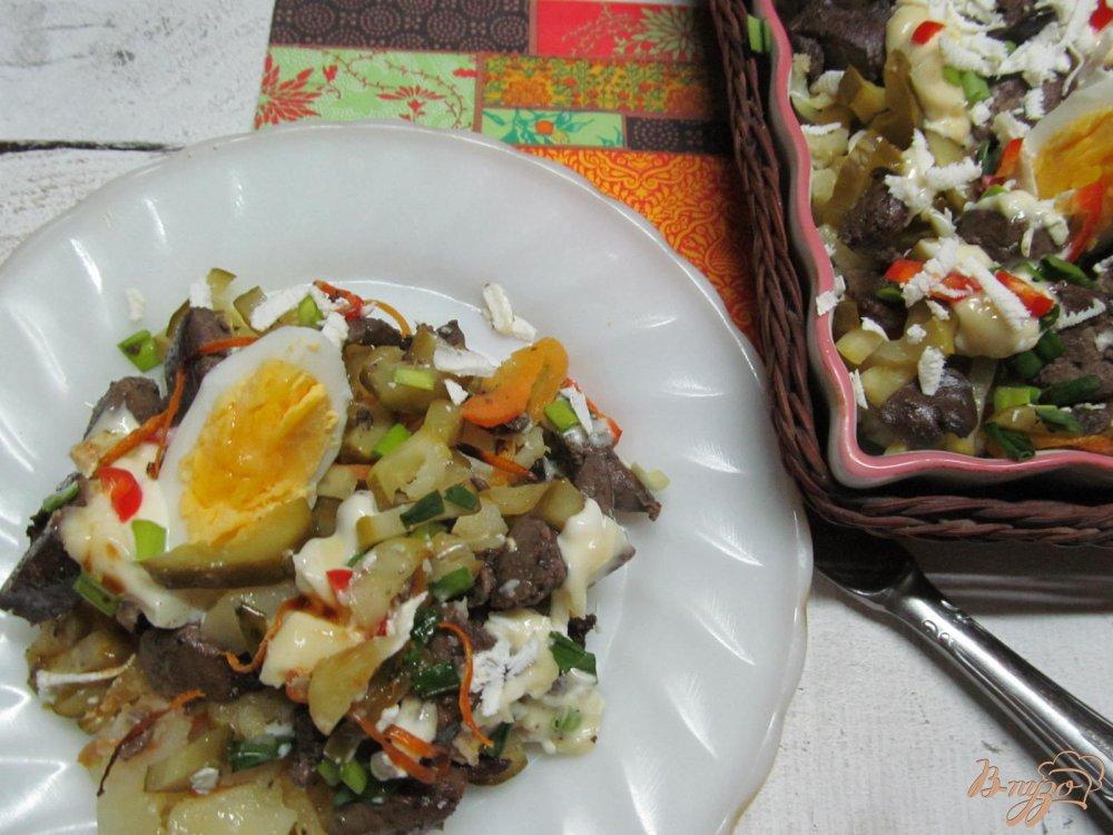 Фото приготовление рецепта: Салат из печени шаг №14