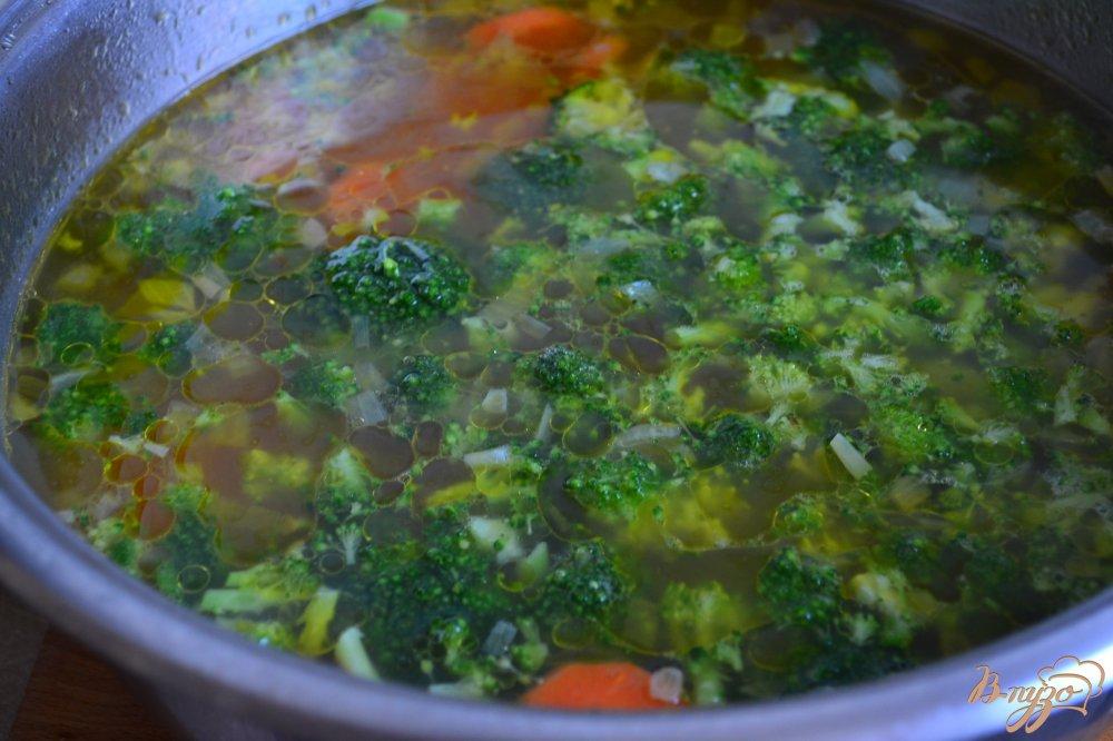 Фото приготовление рецепта: Овощной суп с рисовыми шариками шаг №2