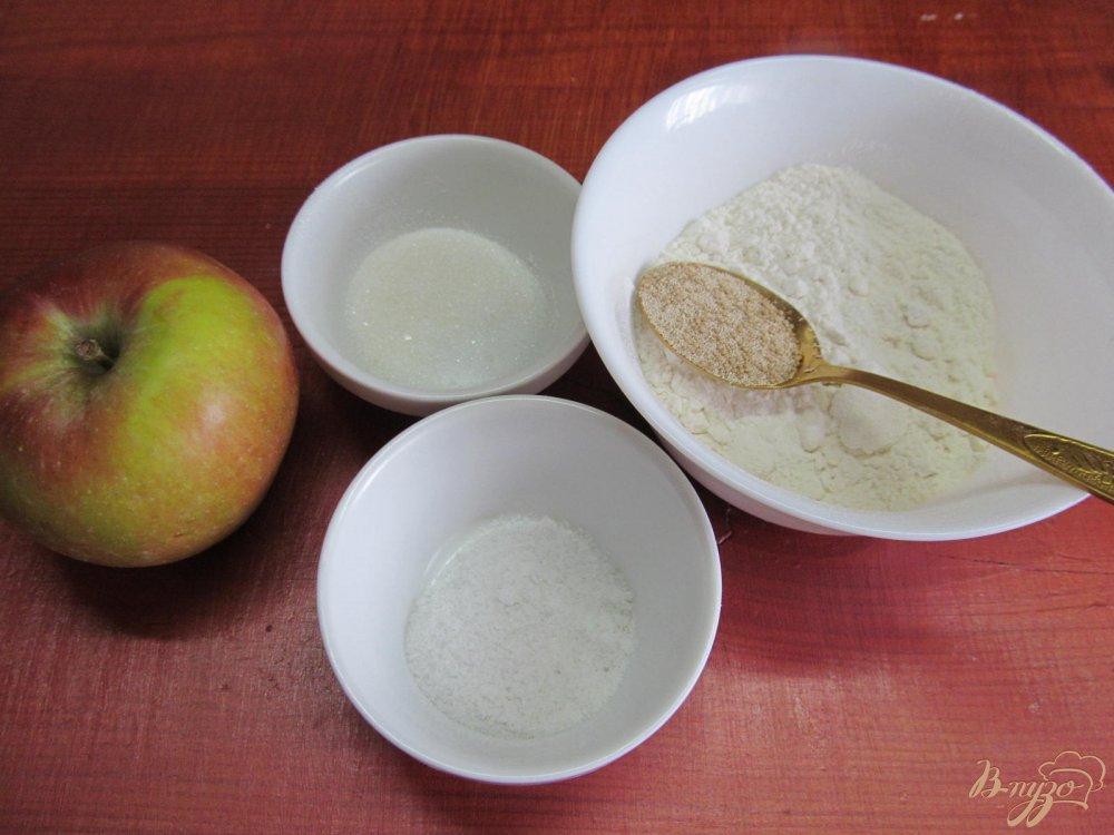 Фото приготовление рецепта: Хлеб яблочный шаг №1