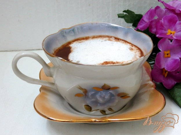 фото рецепта: Кофе с молоком и шоколадом