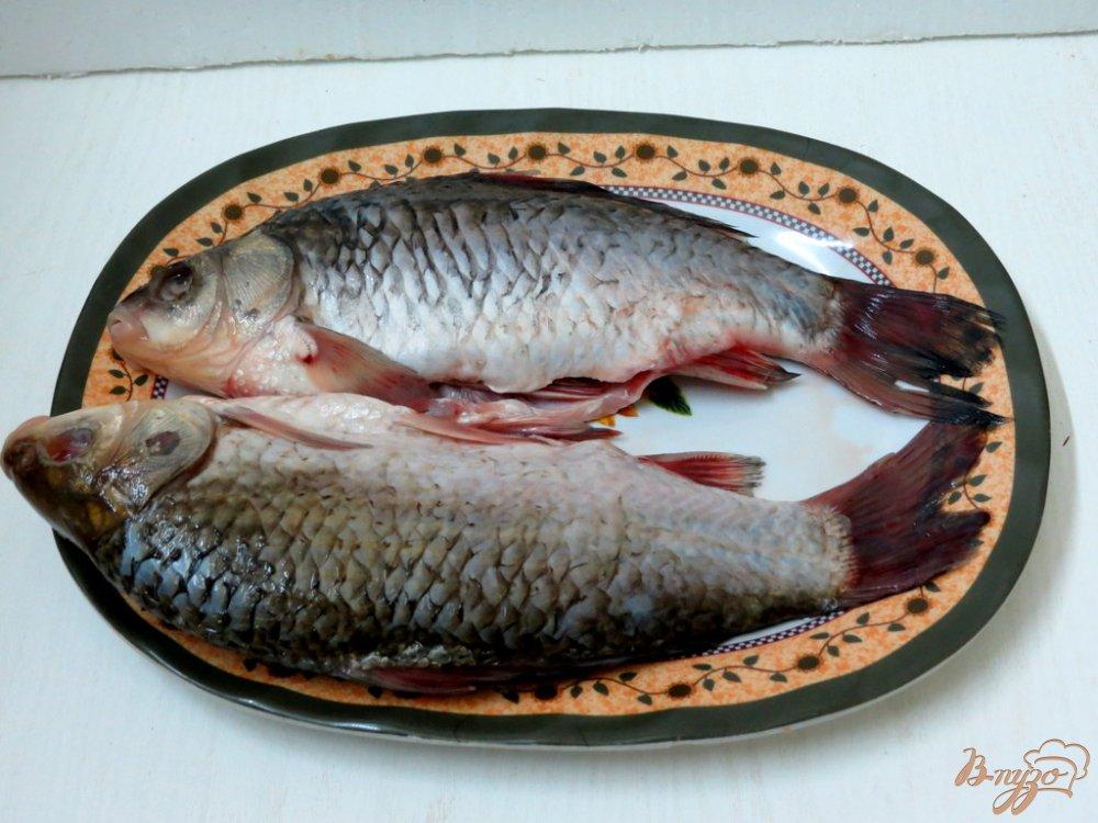 Фото приготовление рецепта: Караси под сметанным соусом шаг №1