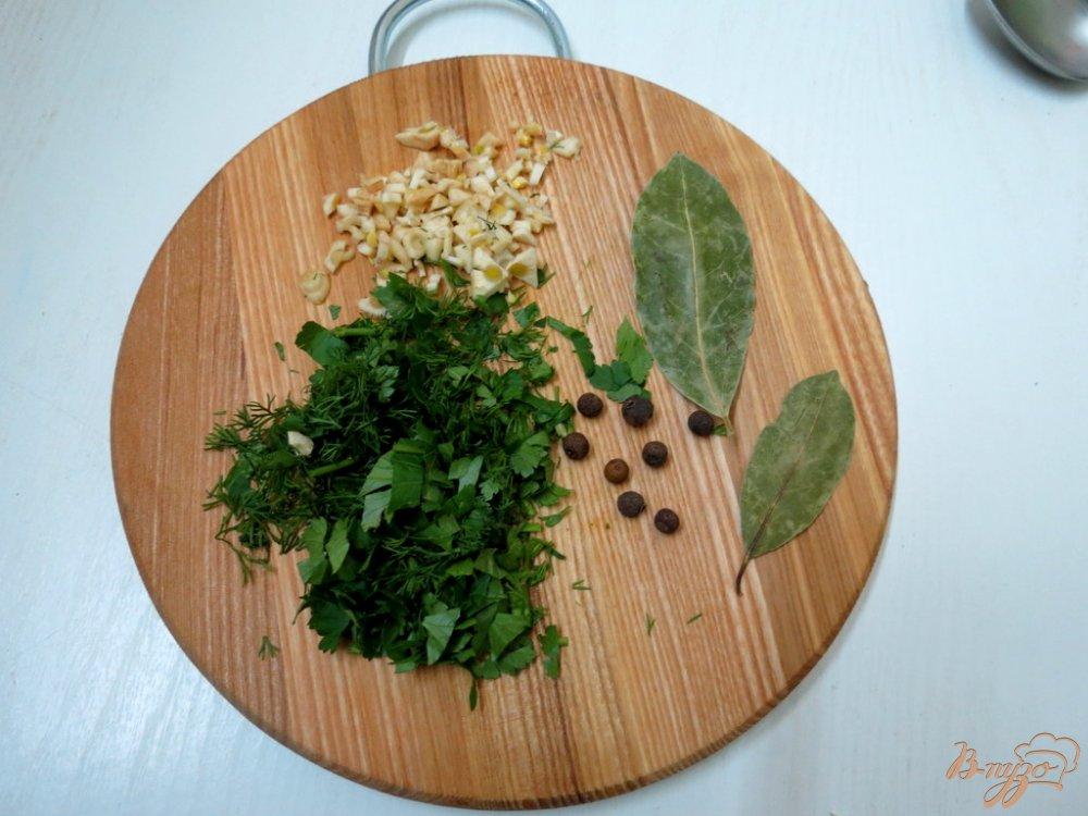 Фото приготовление рецепта: Суп с карасём шаг №7