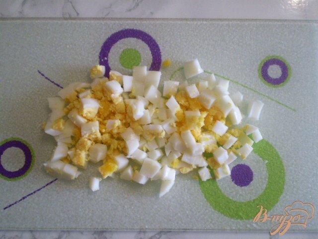 Фото приготовление рецепта: Салат крабовый шаг №3