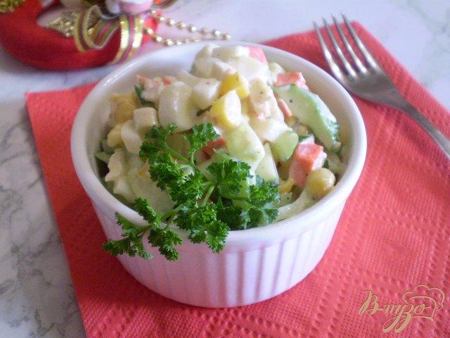 Фото приготовление рецепта: Салат крабовый шаг №7