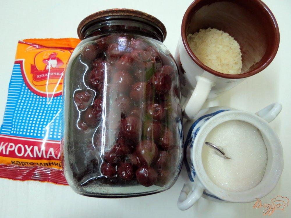 Фото приготовление рецепта: Вишнёвый холодный суп шаг №1
