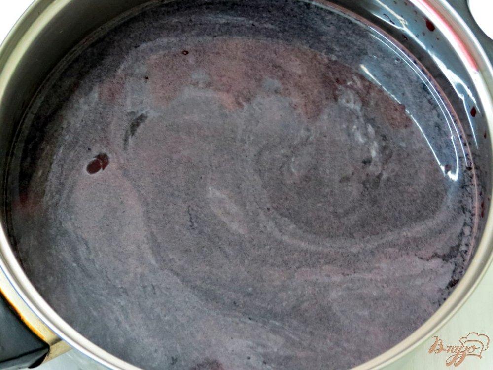 Фото приготовление рецепта: Вишнёвый холодный суп шаг №5