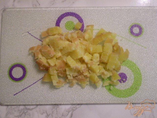 Фото приготовление рецепта: Салат со стрелками чесока шаг №3