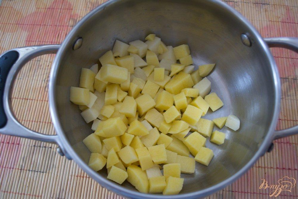 Фото приготовление рецепта: Постный гречневый суп с грибами шаг №2