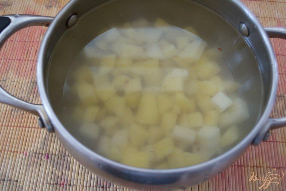 Фото приготовление рецепта: Постный гречневый суп с грибами шаг №3