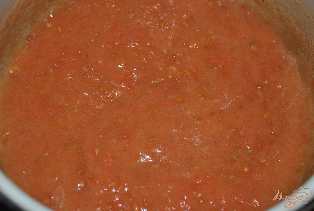 Фото приготовление рецепта: Содовый хлеб из томатов шаг №2