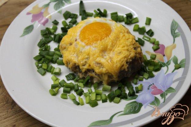 фото рецепта: Котлета с яйцом и сыром