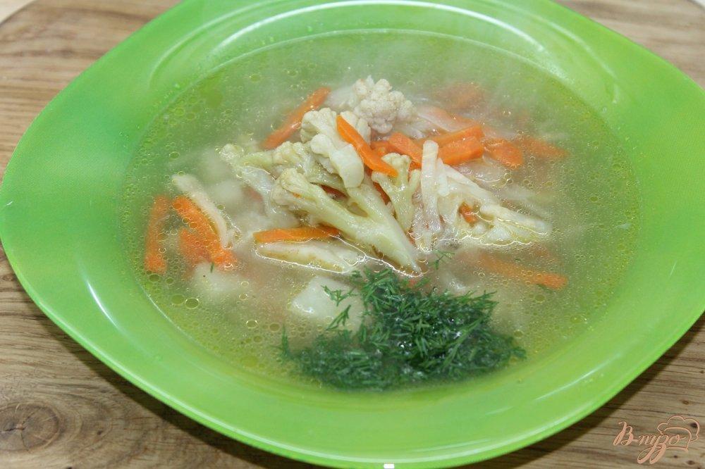 Фото приготовление рецепта: Суп с сельдереем и цветной капустой шаг №6