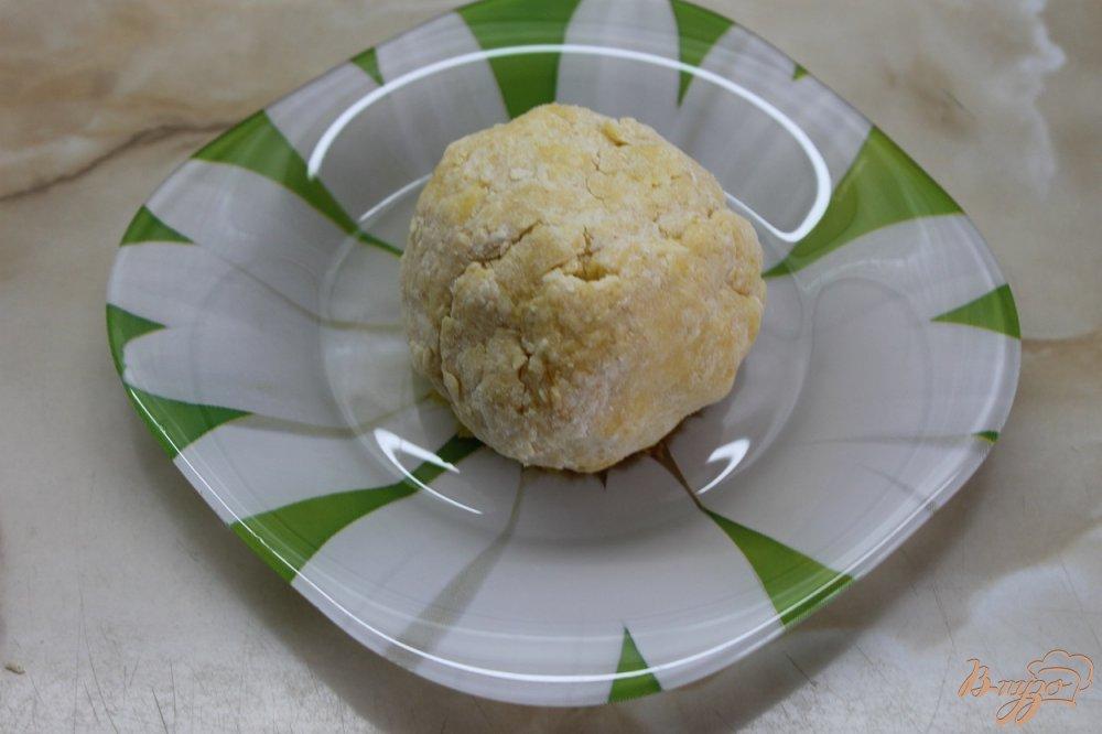 Фото приготовление рецепта: Пончики с плавленным сыром шаг №5