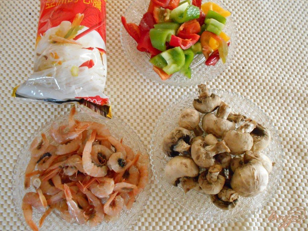 Фото приготовление рецепта: Фунчоза по-китайски шаг №1
