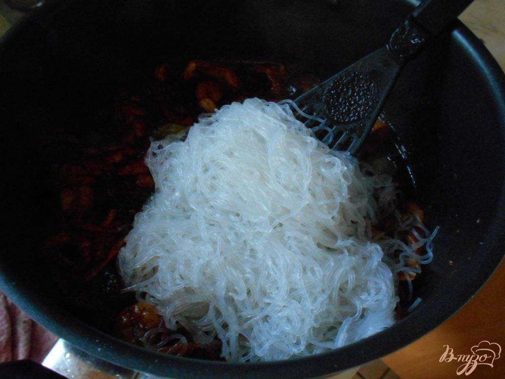 Фото приготовление рецепта: Фунчоза по-китайски шаг №6