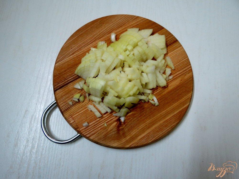 Фото приготовление рецепта: Капуста тушёная с копчёностями шаг №7