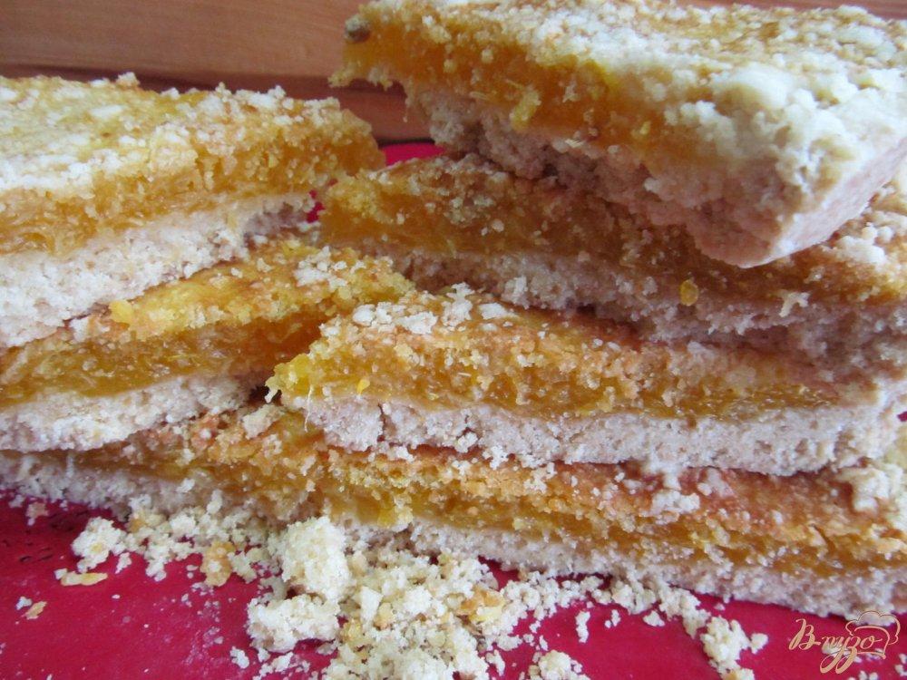 Фото приготовление рецепта: Пирог с мандариновой начинкой шаг №9