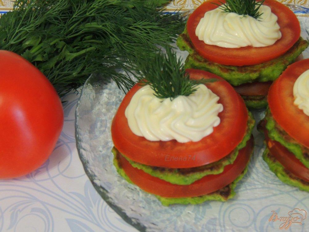 Фото приготовление рецепта: Оладьи из зелёного горошка шаг №7